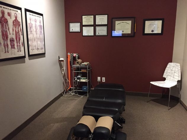 THOMPSON CHIROPRACTIC CLINIC INSIDE